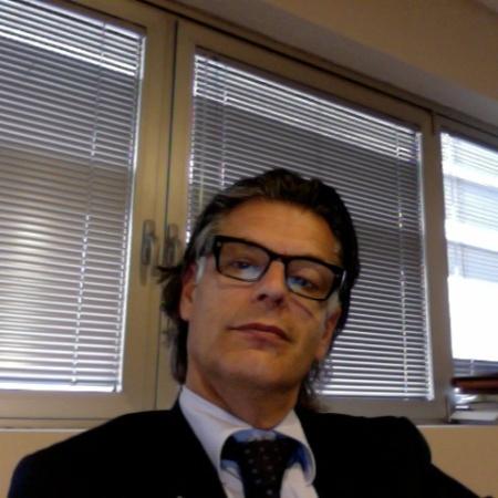 Dr. Francesco Bova